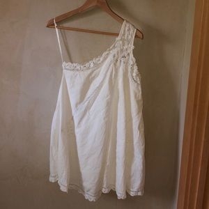 Free people never worn white off shoulder dress